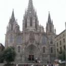 Кафедральный собор Св. Евлалии в Готическом квартале Барселоны.