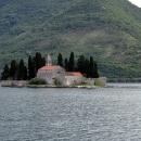 Остров Святого Георгия в Боко-Которском заливе в Черногории.