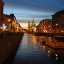 Храм Спаса-на-Крови (Собор Воскресения Христова на Крови) в Санкт-Петербурге ночью.