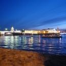 Ночной Петербург величественный и загадочный.