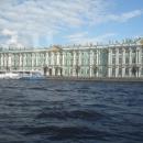 Зимний дворец с акватории Невы. Санкт-Петербург.