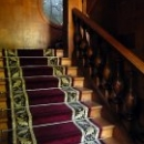 Лестница на второй этаж на даче Сталина в Сочи.