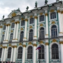 Фрагмент фасада Зимнего дворца. Санкт-Петербург.