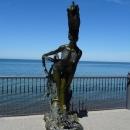 Скульптура Сирена (Русалка) на набережной Светлогорска.
