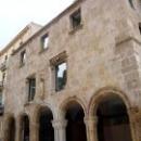 Здание Бывшей Больницы Св. Теклы и Св. Павла