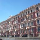 Архитектурный облик города на Неве вдоль каналов.