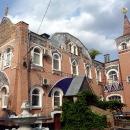 Дом призрения построен в честь 300-летия царствования дома Романовых.