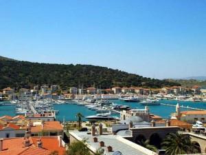 Курорт Чешме на Эгейском море в Турции