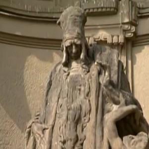 Раби Лива, статуя в Праге