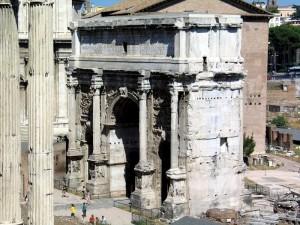 Арка Сеттима Севера (Arco Settimo Severo) на Римском Форуме.
