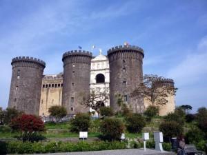 Неаполь в Италии.