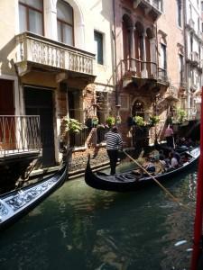 Город Венеция - романтика Италии.