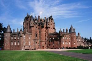 Замок Глэмис (Glamis) в Шотландии
