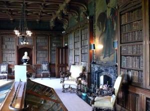 Кабинет писателя В. Скотта в замке Абботсфорд