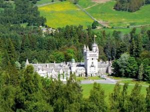 Замок Балморал резиденция королевы