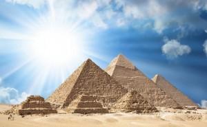 Пирамиды в Египте: Хеопса, Хефрена, Микерина