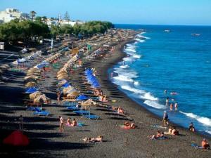 Пляжи на острове Санторини в Греции