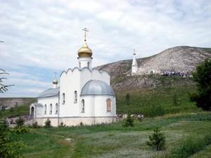 Храм в честь иконы Матери Божией «Взыскание погибших» в Костомарово