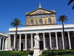 Базилика Святого Павла (Сан-Паоло-фуори-ле-Мура) в Риме.