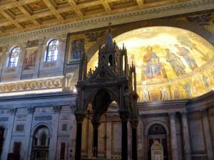 Сан-Паоло-фуори-ле-Мура в Риме.