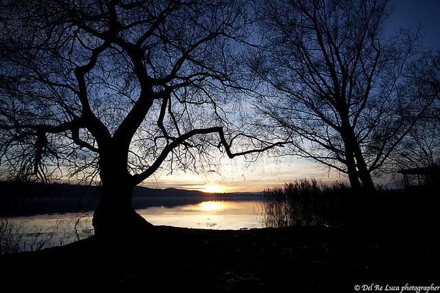 Закат на озере Варезе. Италия.