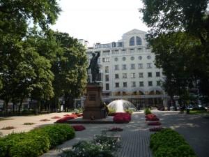Петровский сквер в Воронеже.